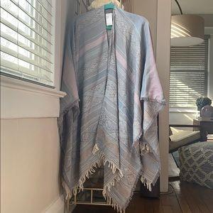 Gorgeous beaded Anthro kimono/shawl
